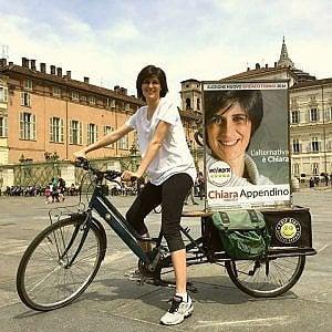 Torino, la giunta Appendino: riunione in bici per inaugurare la nuova pista ciclabile