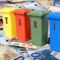 Tassa rifiuti a Torino, si riducono gli sgravi per le famiglie