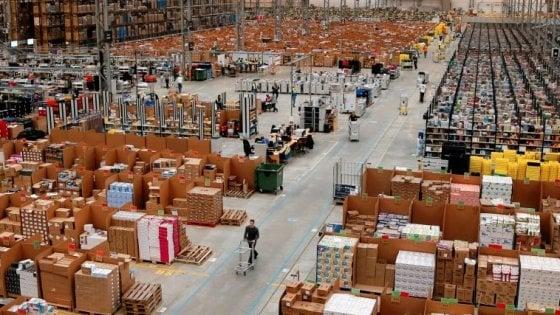 Vercelli, apre il maxi-hub di Amazon: un aspirapolvere il primo prodotto stoccato nel magazzino dei record