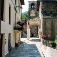 La poco invidiabile gara dei rutti trasloca da piazza Castello nel Canavese