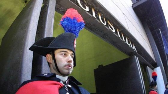 Torino, assolti dopo 12 anni due carabinieri accusati di aver sottratto soldi sequestrati agli arrestati