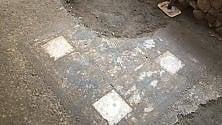 Mosaico del II secolo nel Quadrilatero Romano   Il video del ritrovamento