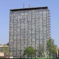 Torino, morti per amianto nel grattacielo Rai, ex dirigente assolto e poi