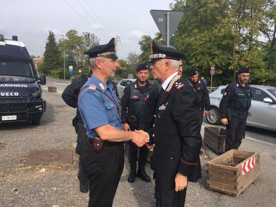 G7, il comandante dell'Arma va a salutare i carabinieri in servizio