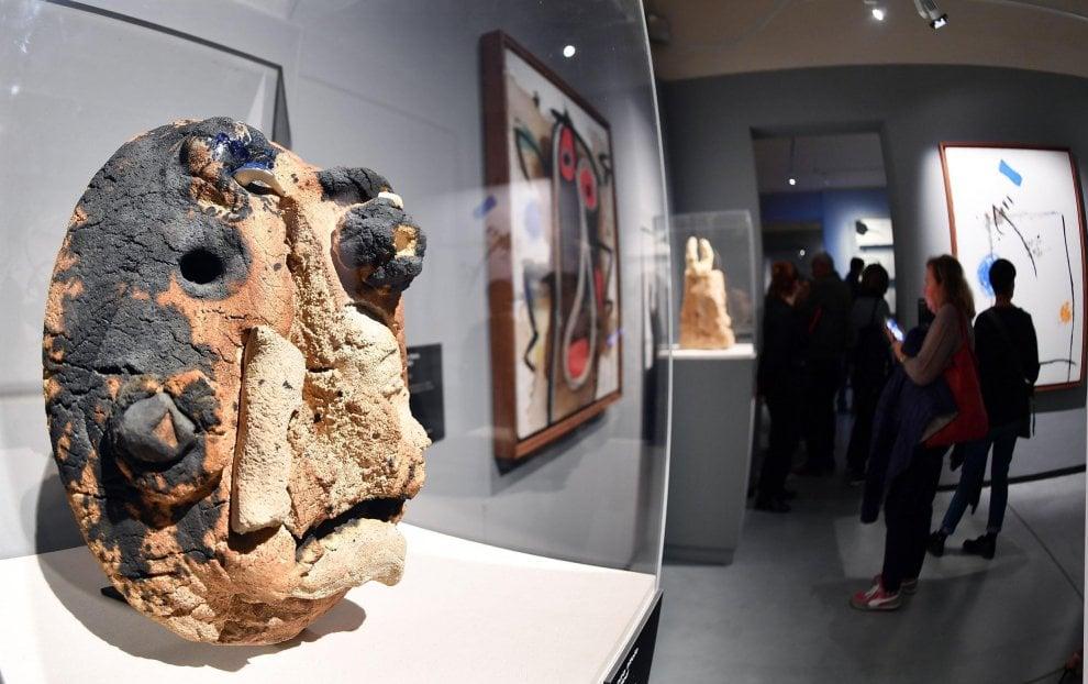 Tra le 130 opere di Mirò a Palazzo Chiablese