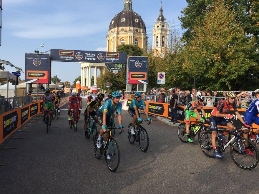 Milano-Torino, vince Uran, terzo Aru con fatica