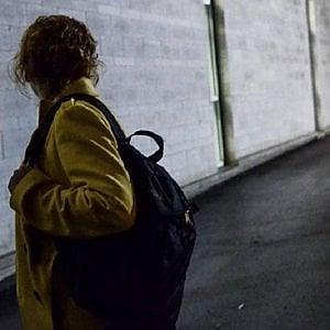 """Torino, """" I miei due mesi di paura con lo stalker vicino di casa, assolto perchè ha offerto 1500 euro"""""""