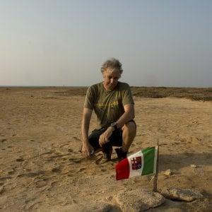 Missione compiuta, trovata su isola del Mar Rosso la tomba di soldato cuneese