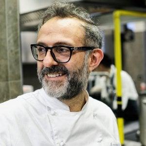 Torino,  anche lo chef stellato  Bottura sbarca sotto la Mole con il suo Refettorio