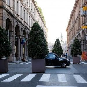 Torino, sfoltite le fioriere anti-terrorismo : erano un ostacolo alle visuali barocche