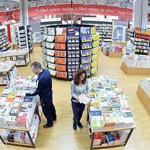 """Salone del libro, Bray incontra a Francoforte i vertici della Buchmesse. Saviano presenta """"Bacio feroce"""" alle Ogr"""
