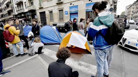 Università, troppi iscritti: mancano 8 milioni per le borse di studio in Piemonte