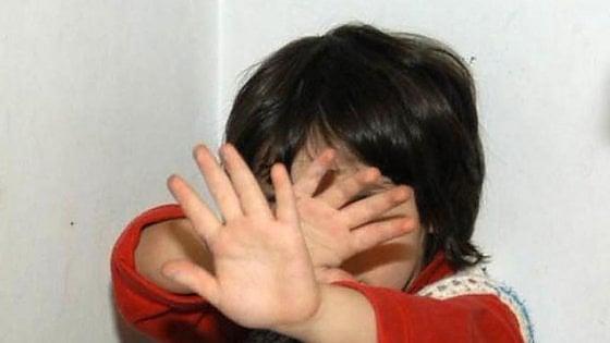 Pedofilia, condannato un ottantenne per abusi su due piccole vicine di casa