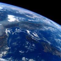 Smog, la cappa sulla Pianura Padana fotografata dall'astronauta Nespoli