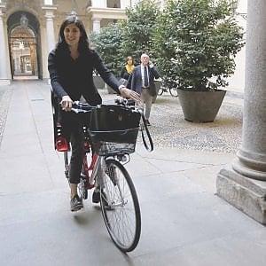 """Torino, la sindaca: """"Smog, è vera emergenza. Non ci divertiamo a bloccare le auto"""""""