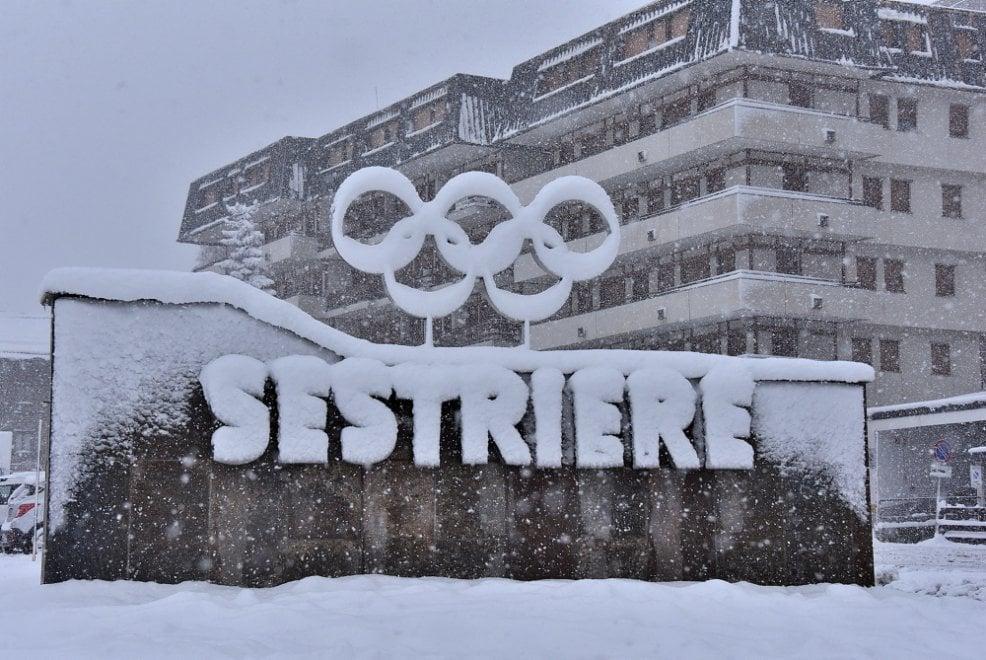 Prima nevicata di stagione sulle montagne olimpiche del Piemonte: 15 centimetri al Colle del Sestriere.