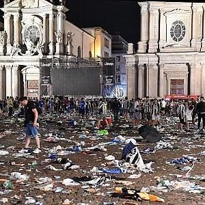 Torino, dai dubbi della Questura alla sindaca assente: tutti gli errori in piazza San Carlo