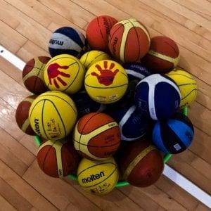 Siete stranieri, niente basket: due giovani promesse in tribuna a Novara