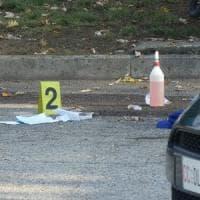Torino, coniugi benzinai feriti gravemente a colpi di pistola per una rapina