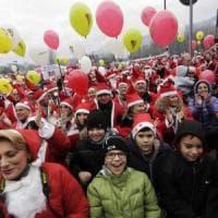 Torino, riecco i Babbi Natale all'ospedale dei bimbi: questa volta arrivano