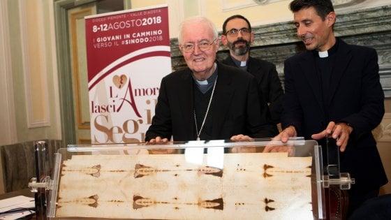 Sindone aperta per due giorni ai giovani: ok della Santa Sede all'idea di Nosiglia