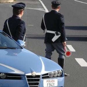 Torino, litiga dopo un incidente in tangenziale e accoltella un uomo