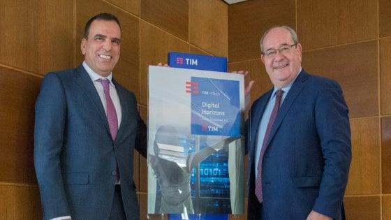 """Dai big data per il turismo alla """"IoT"""" per la guida sicura, parte da Torino la svolta digitale di Tim"""
