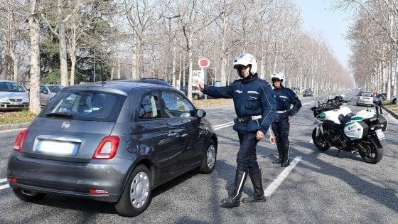 """Smog, scatta il """"semaforo"""" regionale: da domani diesel Euro 4 fermi in 39 comuni"""