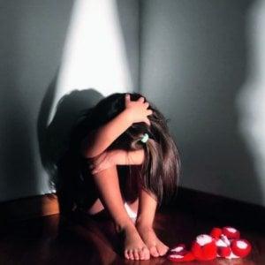 Torino, incinta a 11 anni dopo le ripetute violenze di un amico di famiglia