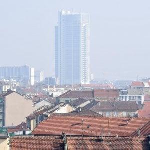 Smog, resiste il divieto per oggi: fermi mezzo milione di veicoli a Torino