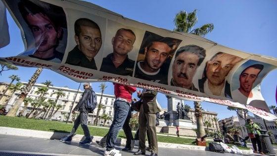 """Torino, i parenti delle vittime Thyssen: """"Andremo in Germania a chiedere giustizia"""""""
