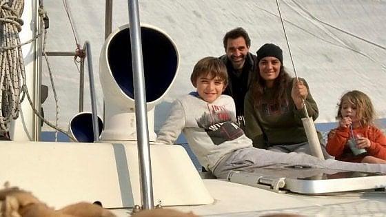 Mollo tutto e vado a vivere in barca a vela: la scelta controcorrente di una famiglia di Novara