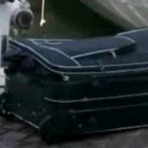 E' di una donna il corpo trovato in una valigia nel Vercellese