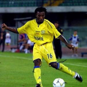 Torino, l'ex calciatore Manfredini a processo: deve 160mila euro per il mantenimento della figlia