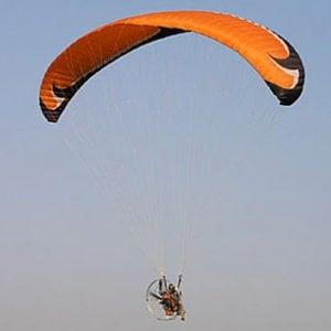 Salvo il pilota del parapendio scomparso in Valsusa, è atterrato su un ghiacciaio francese