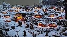 Torino, sul maxipresepio all'aperto scende la neve vera: l'effetto è magico