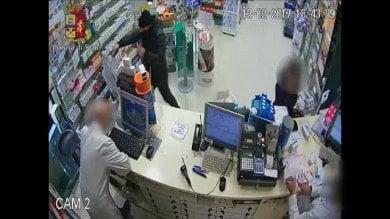 Torino, preso il bandito delle farmacie: le usava come bancomat, incastrato dalle telecamere