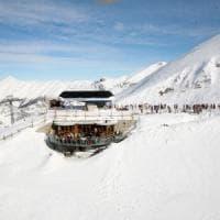 Sciatore muore fuoripista a Limone: volo di 200 metri dopo aver scattato