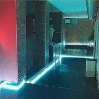 Blitz nel club privé a San Paolo, nel seminterrato c'è pure la piscina