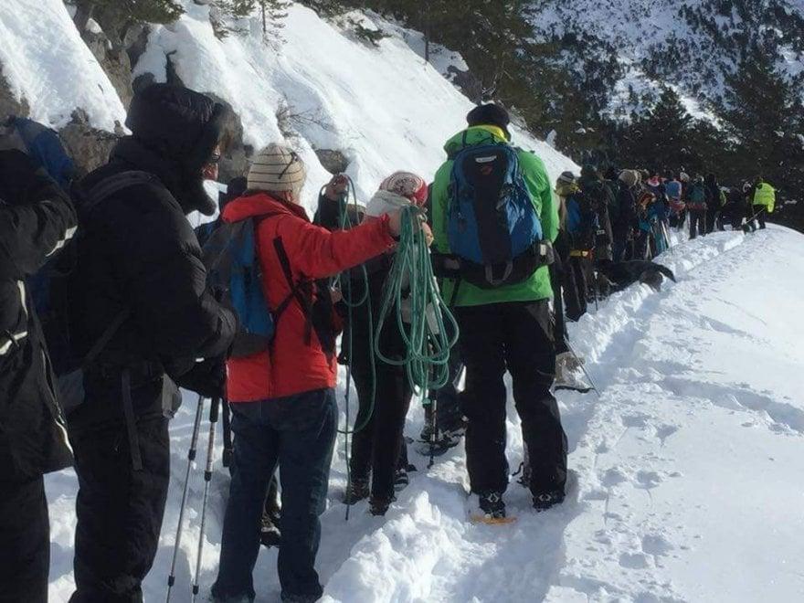 Colle della Scala, catena umana oltreconfine per solidarietà con i migranti