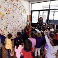 Torino, l'integrazione si fa nel cortile della scuola delle cento lingue