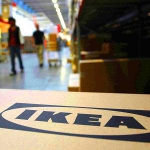 Centri Commerciali Aperti Per Shopping A Santo Stefano In Piemonte