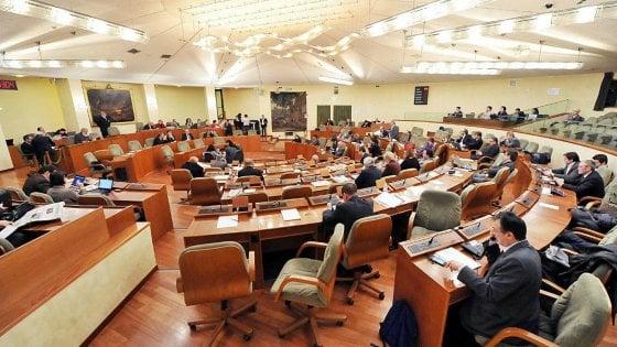 Riduzione vitalizi in Regione, respinto ricorso ex consiglieri