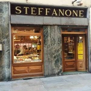 Affitti troppo alti, la gastronomia Steffanone abbandona il centro