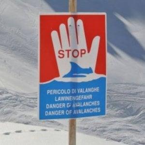 Neve e vento forte sulle Alpi: tempeste in arrivo, aumenta in Piemonte il rischio valanghe