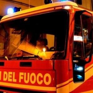 Moncalieri, corto circuito provoca incendio domestico: anziano ucciso dal fumo