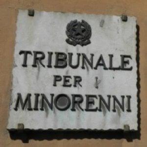 Torino, denunciati i genitori di Chicca, la ragazzina che aveva sfidato i giudici minorili