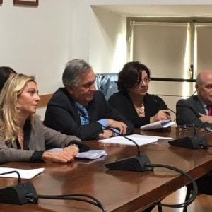 Torino, si dimettono i tre revisori dei conti del Comune dopo le liti sul bilancio con Appendino