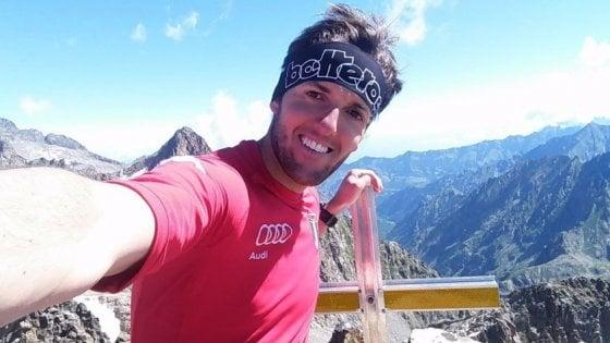 """Torino, bloccata da Facebook la mamma che sui social faceva """"rivivere"""" il figlio morto in montagna"""