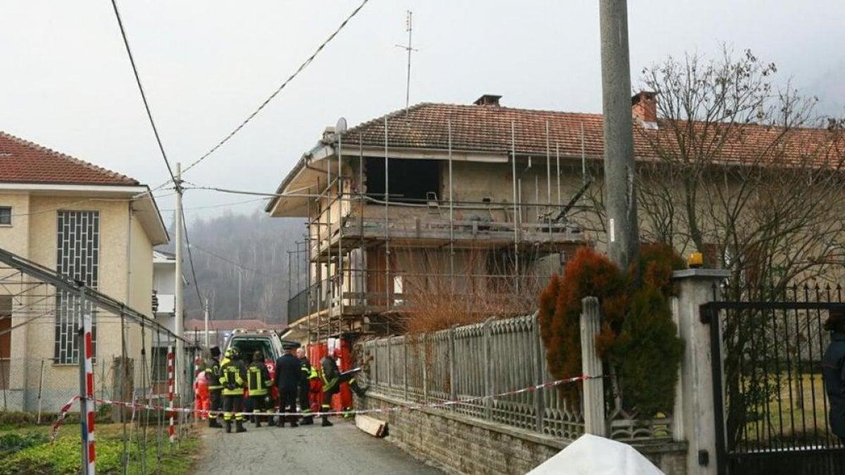 Cafasse muratore ucciso dal muro della casa che crolla di schianto - Muratore piastrellista torino ...